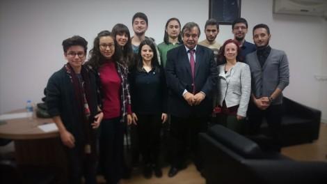 Gazi Üniversitesi Tıp Fakültesi Multidisipliner Gelişimsel Tıp Topluluğu olarak Prof. Dr. Meltem Bahçelioğlu liderliğinde Rektör Danışmanı Prof. Dr. Emin Kuru'ya topluluğumuzun kuruluş ziyaretini gerçekleştirdik.